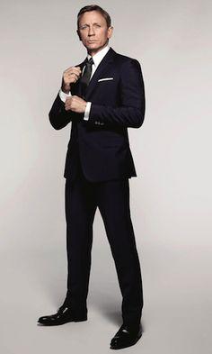 World exclusive images of Daniel Craig as James Bond from Spectre Suits you Dan ….c… The post World exclusive images of Daniel Craig as James Bond from Spectre appeared first on Welcome! Daniel Craig James Bond, Daniel Craig Spectre, Daniel Craig Suit, Daniel Craig Style, Terno James Bond, James Bond Suit, Bond Suits, James Bond Style, Estilo James Bond