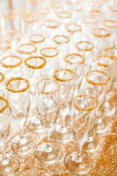 Pink Sparkly Arkansas Wedding by Weddings by Christopher & Nancy Love the sparkly gold addition to the rim of these champagne glasses. This shimmering and sugary detail will add a festive and fabulous touch to the party. Nye Party, Gold Party, Party Time, Sparkle Party, Gold Drinks, New Years Eve Weddings, Golden Birthday, Hollywood Party, Pink Sparkly