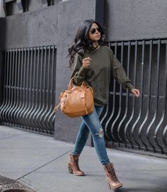 Ideas timberland boats outfit winter chic for 2019 Outfits Con Botas Timberland, Timberland Heel Boots, Timberland Boot Company, Timberland Fashion, Winter Boots Outfits, Heels Outfits, Outfit Winter, Outfit Summer, Jean Outfits