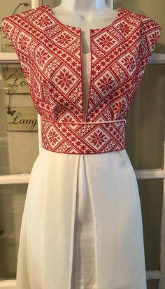 Long sleeve kimono / vest / jaket with embroidered pales .- Kimono sin mangas largas / chaleco / Jaket con bordado palestino / puntada de corss con cinturón Long sleeve kimono / vest / jaket with embroidery image 9 - Kurta Designs, Saree Blouse Designs, Blouse Patterns, Look Fashion, Fashion Outfits, Lolita Fashion, Modern Filipiniana Dress, Myanmar Dress Design, Mode Kimono