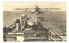 """Momento del lanzamiento del hidroavión-correo desde la catapulta del buque alemán """"Schwabenland"""""""