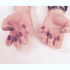 Nails of the day today gel extensions with a simple grey polish perfect for the upcoming winter months! #ohmynails