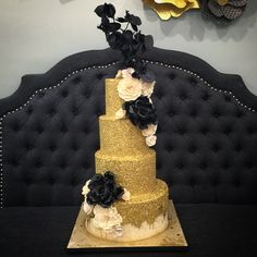 Black Gold Peony Sugarflower  Cake