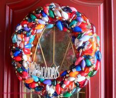 mommy is coo coo: Christmas Wreath Made from Burnt Out Lights