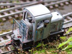 UK Mini Diesel Locomotive
