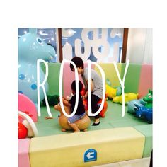Instagram media kay0n - 遊びはいつでも全力♡  #rody #ロディ #座右の銘 ←え #オババカ #vsco  #VSCOcam  #vscopic  #羽田空港