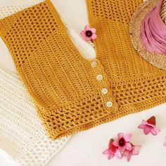 Diy Crafts - D E S t e j e (desteje) Crochet Shirt, Crochet Crop Top, Love Crochet, Diy Crochet, Crochet Bikini, Drops Cotton Light, Motif Bikini, Knooking, Crochet Capas