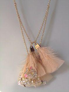 Como hacer tu propio collar de plumas :)
