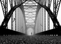 Kai Ziehl's One-Point Perspective Photography Kai, Black White Photos, Black And White Photography, Fotografia Pb, Street Photography, Art Photography, Building Photography, Digital Photography, Perspective Photography