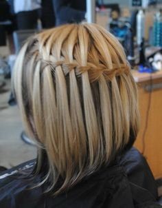 Here are the pictures of Hairstyles for Short Hair Girls that we collected for you! Check out our gallery for chic hairstyles! Fine Hair Styles For Women, Medium Hair Styles, Short Hair Styles, Chic Hairstyles, Hairstyles With Bangs, Braided Hairstyles, Braids For Short Hair, Girl Short Hair, Hair Girls