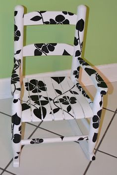 {Tutorial} Hand Painted Rocking Chair #GlueNGlitter #Cbias