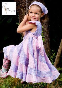 Mission Drehkleid nähen: Der Peppermint Swirl Dress * The Crafting Café, Peppermint Swirl Dress - Sommerkleid nähen. Stylish Summer Outfits, Summer Dress Outfits, Kids Outfits, Cool Outfits, Summer Dress Patterns, Baby Dress Patterns, Skirt Patterns Sewing, Most Beautiful Dresses, Nice Dresses