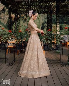 Bridal Wear Trends Which Will Be Big in Dress Indian Style, Indian Wear, Indian Outfits, Golden Lehenga, Wedding Function, Bride Getting Ready, Bride Look, Bridal Photography, Bridal Lehenga