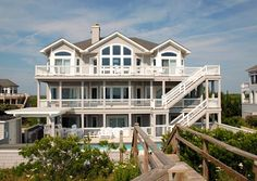 Twiddy Outer Banks Vacation Home - The Beez Nest - Corolla - Oceanfront - 8 Bedrooms
