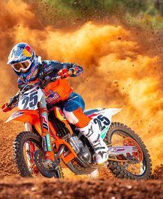 Roket Motocross — Blasting through the off-season with. Kawasaki Dirt Bikes, Ktm Dirt Bikes, Cool Dirt Bikes, Dirt Bike Gear, Motorcycle Dirt Bike, Moto Bike, Dirt Biking, Motorcycle Touring, Motorcycle Quotes