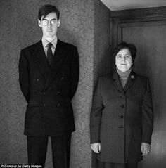 Jacob Wu-tang Rees-effin-Mogg and his Nanny Jacob Rees Mogg, Wu Tang, Fashion Images, Suit Jacket, Jackets, Art Reference, Politics, Style, Country
