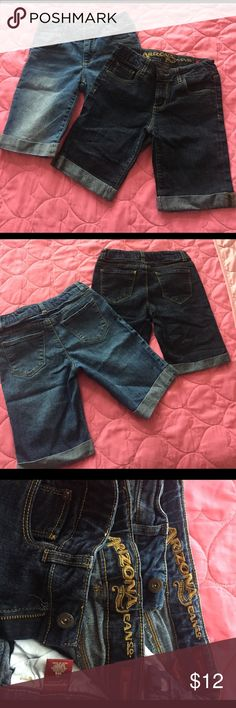 GIRLS ARIZONA BERMUDAS Used, but in great condition, my daughter grow out of them super fast, so she barely used them. One is size 10regular, and one is 14Slim, but they both fit like a 10 regular. So will say they are both 10 regular. Arizona Jean Company Bottoms Shorts