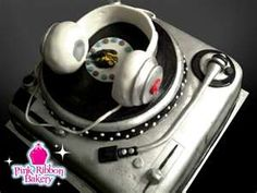 Cake Decorating New Westminster Bc : DJ Birthday Cake Just plain awesome.. Pinterest ...