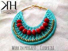 Crochet Earrings Pattern, Crochet Jewelry Patterns, Crochet Accessories, Crochet Designs, Crochet Necklace, Fabric Jewelry, Diy Jewelry, Jewelry Making, Diy Earrings