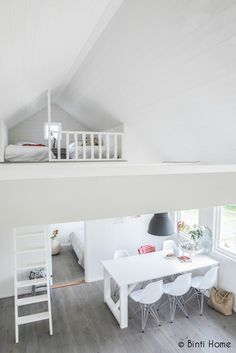 Holiday home with a Scandinavian interior - Binti Home Small Living, Home And Living, Living Spaces, Living Rooms, Loft Spaces, Small Spaces, Loft Room, Sleeping Loft, White Houses