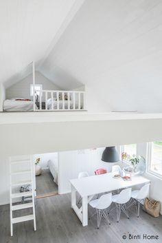 Holiday home with a Scandinavian interior #bijzonderplekje #huisjevanhout #noordwijk #scandinavian #holland