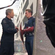 Marvel Avengers Assemble, Avengers Cast, Marvel Dc, Marvel Quotes, Marvel Memes, Marvel Actors, Marvel Characters, Bucky Barnes Captain America, Superhero Memes