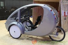 I WANT THIS! ELF: Hybrid Solar / Pedal  Vehicle by Organic Transit