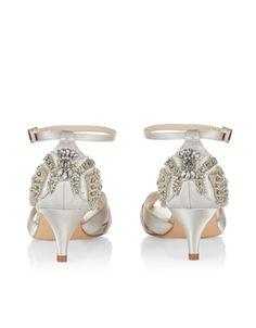 32005f8f4f43 29 Best Wedding Shoes images