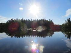 Heinäkuun kuutamo, no ei aurinko se on pitkän sadekauden jälkeen...  #liesjärvi #kansallispuisto #nationalpark #korteniemi #erärenki #retket