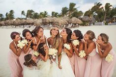 A bride and her bridesmaids at Hard Rock Hotel Punta Cana. Beach Wedding Bridesmaids, Beach Wedding Colors, Hard Rock, Wedding Poses, Wedding Portraits, Wedding Ideas, Wedding Menu, Wedding Details, Punta Cana Wedding