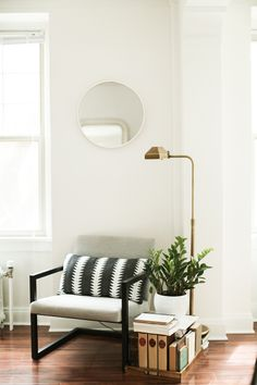 A Minneapolis Apartment Filled With Simple Pleasures & Blended Styles | Design*Sponge