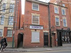 Screen 22 in Nottingham is named after its number of seats. The cinema is thought to be the smallest commercial cinema in the world and has been reopened by Amy Gathercole who, at is the youngest female owner of a cinema in the UK. Great Places, Places To Visit, Old Buildings, Nottingham, Leicester, About Uk, The Locals, Derby, Amy