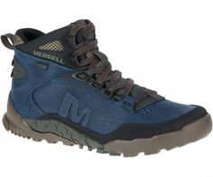 low priced 646f6 19753 Built with premium materials, this waterproof hiker offers Air Cushion VIZ—  responsive cushioning from the inside out.
