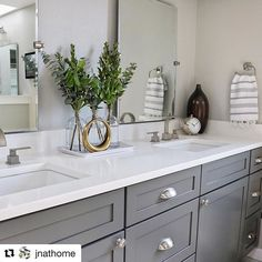 How gorgeous is @jnathome 's bathroom??? Love every single detail, not to mention our favorite Datca Hand Towel that goes so well with her decor💙💙💙
