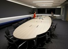 A conference room in the new Square space is oval Tuesday October 2013 in San… Conference Room Design, Conference Table, Office Interior Design, Office Interiors, Square Inc, Startup Office, Office Meeting, Square Space, Store Design