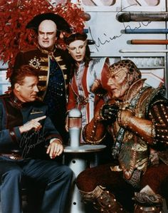 Babylon 5 with Mira Furlan's autograph Best Sci Fi Shows, Sci Fi Tv Shows, Sci Fi Series, Tv Series, Old Sci Fi Movies, Bruce Boxleitner, Babylon 5, And So It Begins, Story Arc