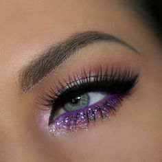 #valentinesnightout Made a little #collab with the talented @beautypalmira for Valentine's Day and are ready to show you some not so typical #valentines looks Stay tuned! This is mine (with glitter of course) More deets later!