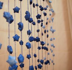 Paper Stars Garland with ombre effect. How beautiful and enchanting!