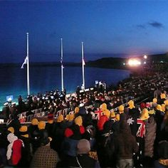 Gallipoli, Turkey for the dawn service ANZAC day. probably on the list of places id like to go Anzac Cove, Visit Turkey, Anzac Day, History Classroom, One Day I Will, Lest We Forget, Remembrance Day, Military Personnel, Vacation Places