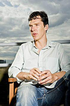 Benedict Cumberbatch..yummy..