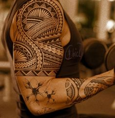 Custom Samoan tattoo - 30 Pictures of Samoan Tattoos  <3 <3