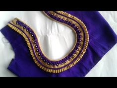Hello Viewers Welcome To MMS DESIGNER. This video will show you how to create a beautiful and simple way MMS Latest Blouse Back Neck designs Easy Cutting and. Latest Blouse Neck Designs, Saree Blouse Neck Designs, Simple Blouse Designs, Neck Designs For Suits, Stylish Blouse Design, Dress Neck Designs, Traditional Blouse Designs, Designer Blouse Patterns, Beautiful Blouses