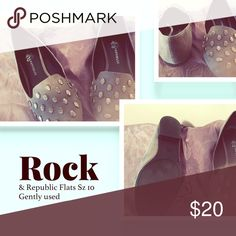 Ladies Sz10 Rock & Republic Flats Ladies Sz10 Gray Flats... Gently used!! Additional 10% Discount applied for weekend sale🤗🤗🤗 Rock & Republic Shoes Flats & Loafers