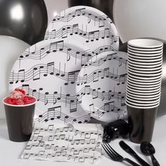 Makes some music with this basic party pack. Our Music Note Basic Party Pack includes table service for eight people including balloons and curling ribbon to ma Music Theme Birthday, Music Themed Parties, 16th Birthday, Birthday Party Themes, Birthday Ideas, Karaoke Party, Music Baby Showers, Rockstar Party, Amor Ideas