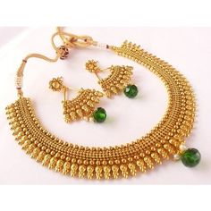 Antique Metallic Necklace Set With Green Drops