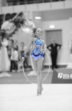 Yana Kudryavtseva blue leotard. Beautiful