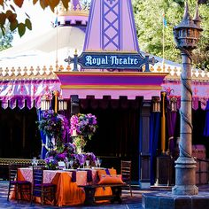 Take advantage of matching your décor to your venue to make it look entirely your own #purple #orange #Disneyland
