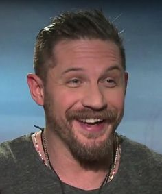 "Tom Hardy interviewed on ""The Revenant"" - January 2016"