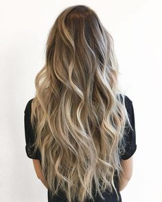 M E L I S S A . I paint her hair the way I'd want to be painted if I were blonde ____________________________________________ Link in bio for availability 403.215.8458 to be waitlisted Bronde Balayage, Ombre Sombre, Ombre Hair, Blonde Hair, Dream Hair, Natural Highlights, Hair Highlights, Wavy Curls, Hair Inspo
