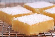 """Use full fat cream cheese for lower carbs. More Low Carb Lemon """"cheesecake"""" Bars. Use full fat cream cheese for lower carbs. Keto Desserts, Sugar Free Desserts, Dessert Recipes, Dessert Ideas, Dinner Recipes, Keto Snacks, Jewish Desserts, Salad Recipes, Quick Keto Dessert"""